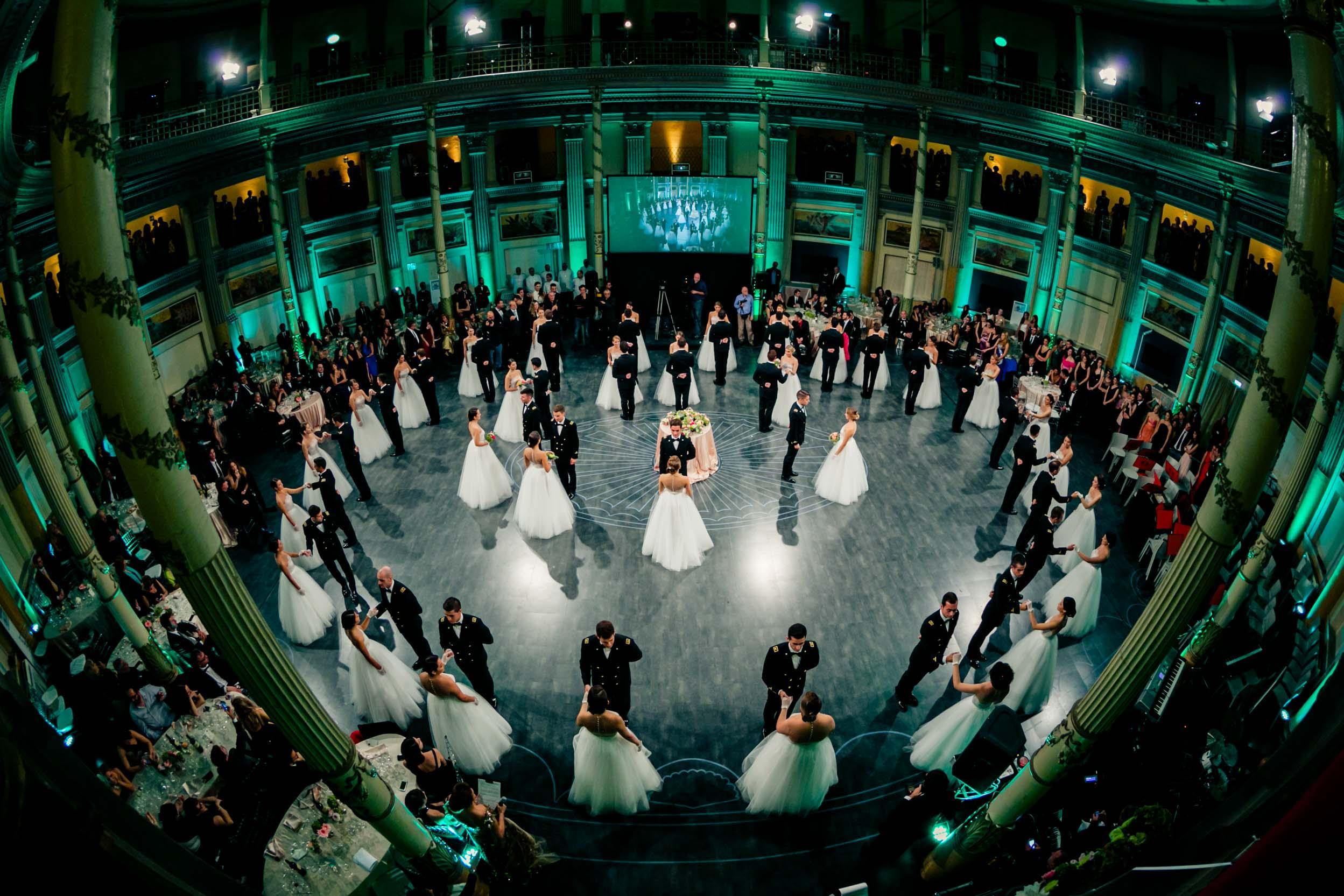 Ballo delle debuttanti