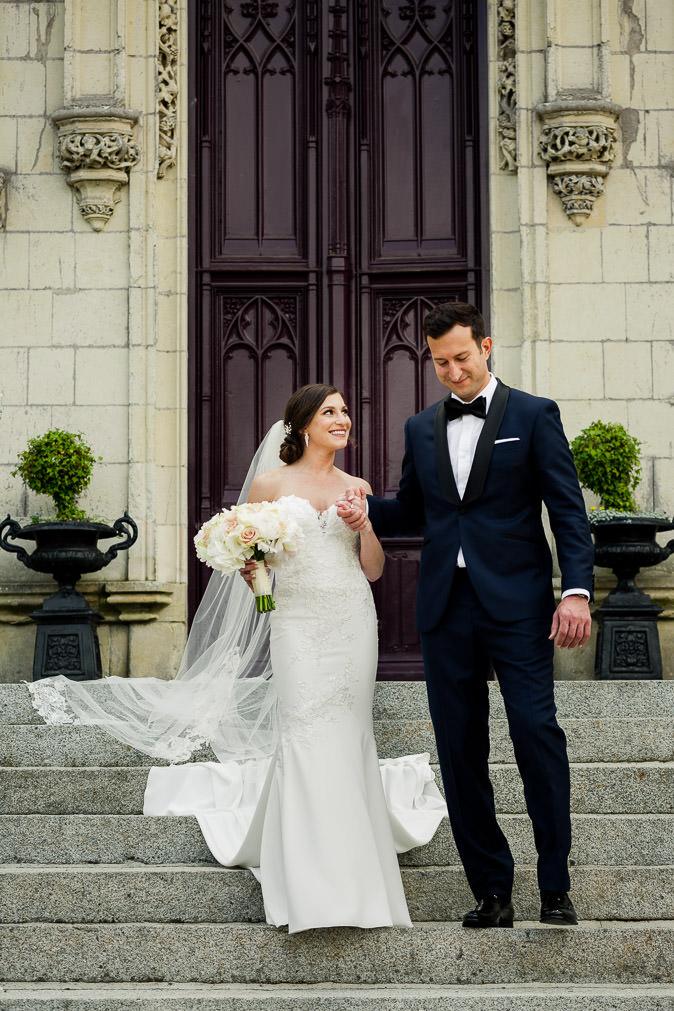 Chateau Challain main entrance wedding couple - KR