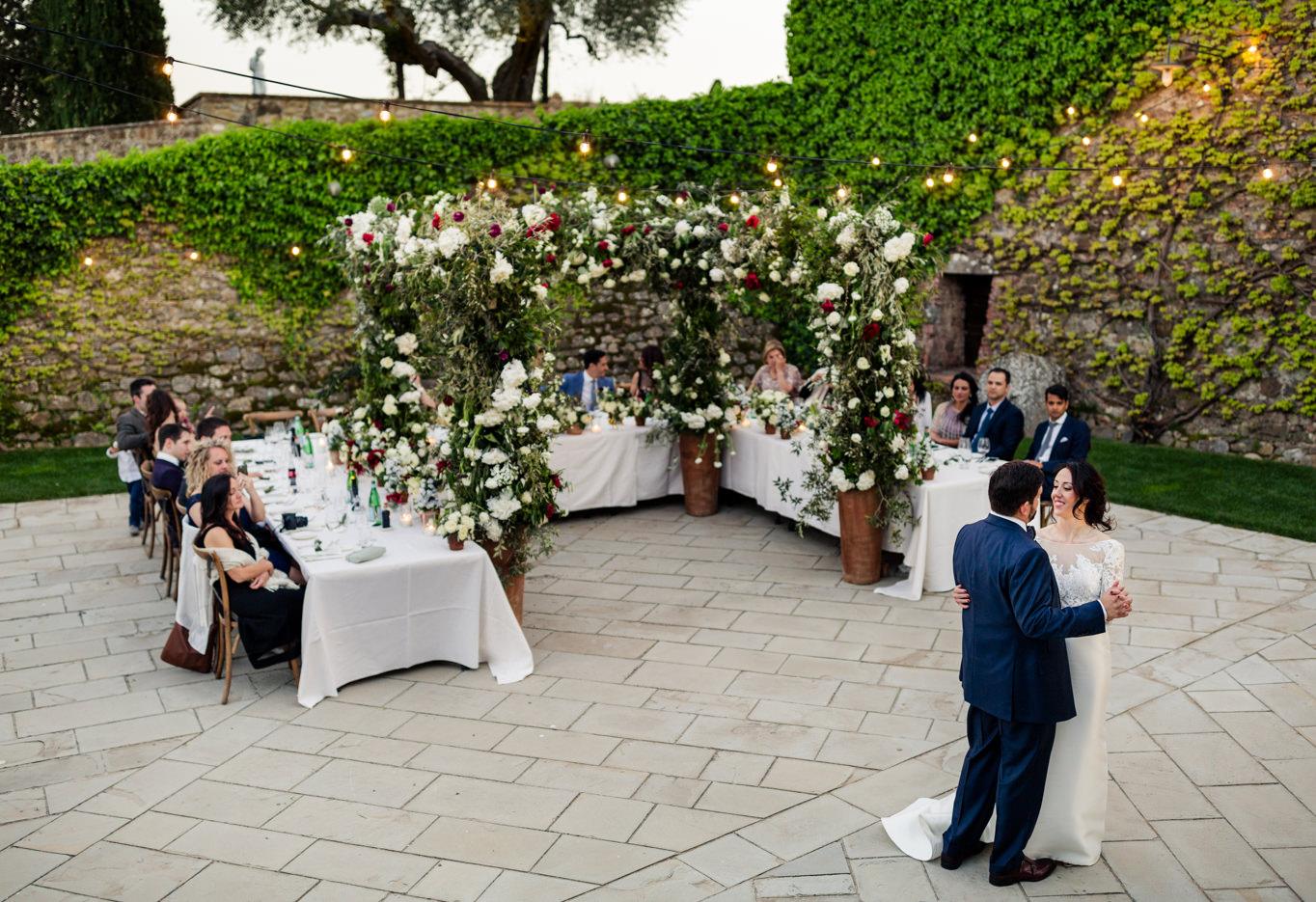 first dance wedding tuscany