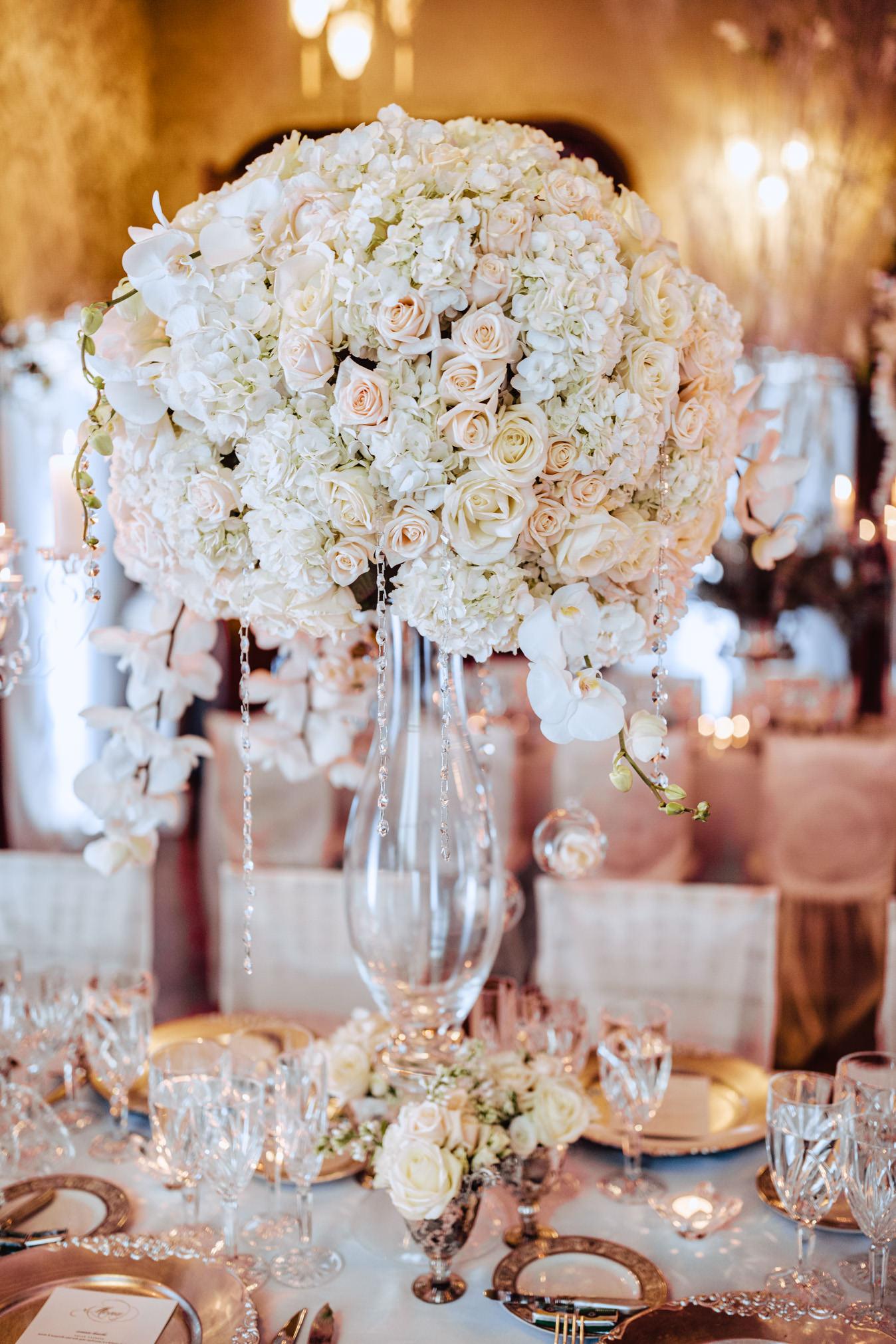 flowers wedding table chateau challain