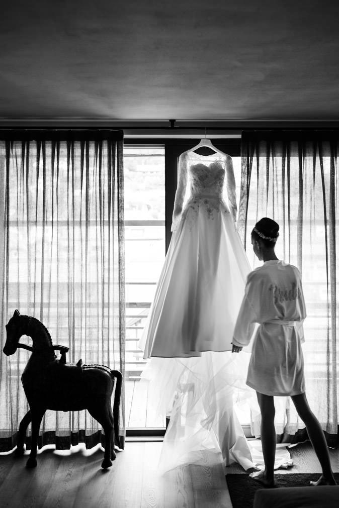 getting ready bride wedding ortisei