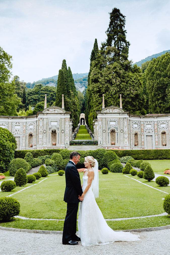 groom and bride at first look lake como villa d'este