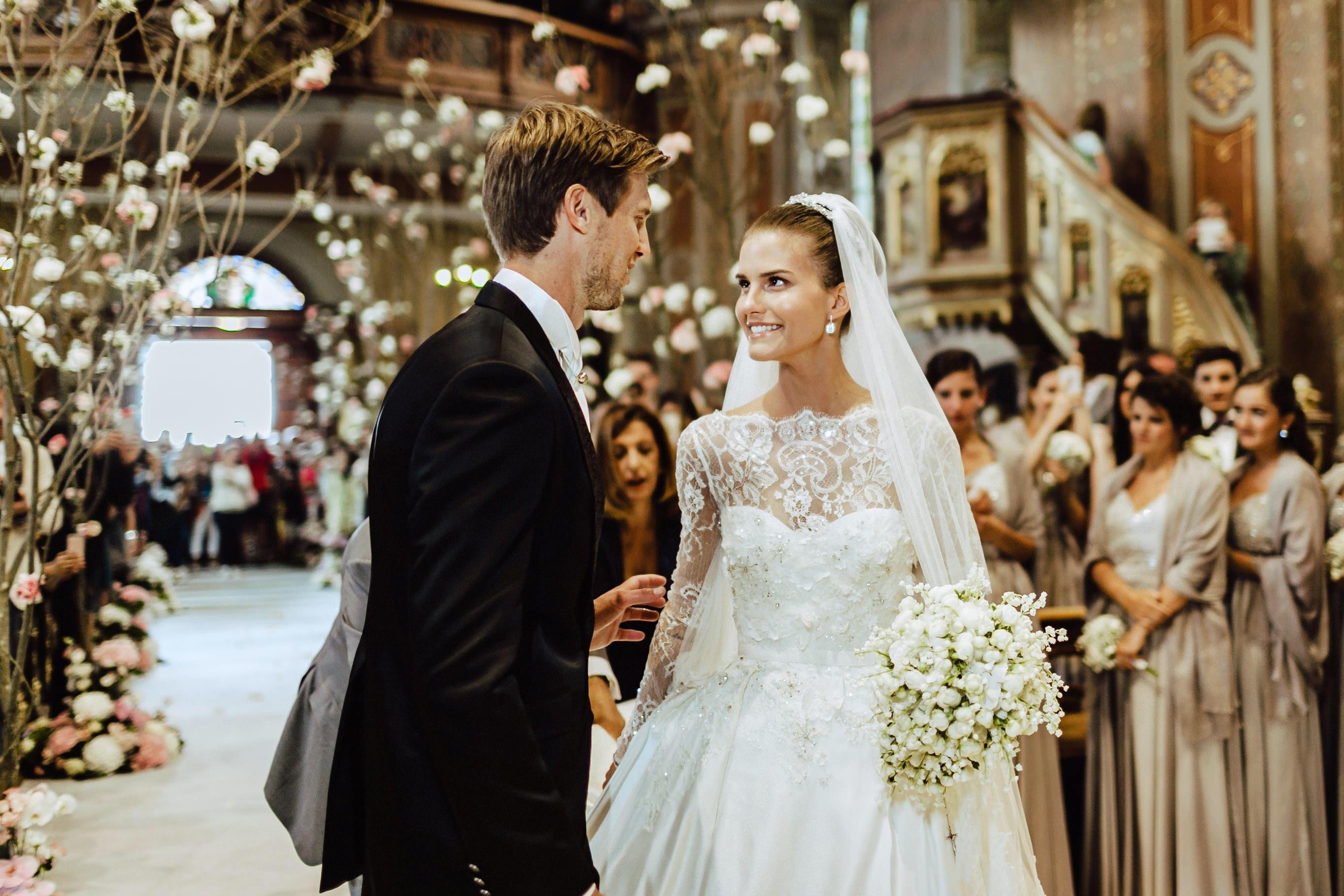groom meets bride ortisei church