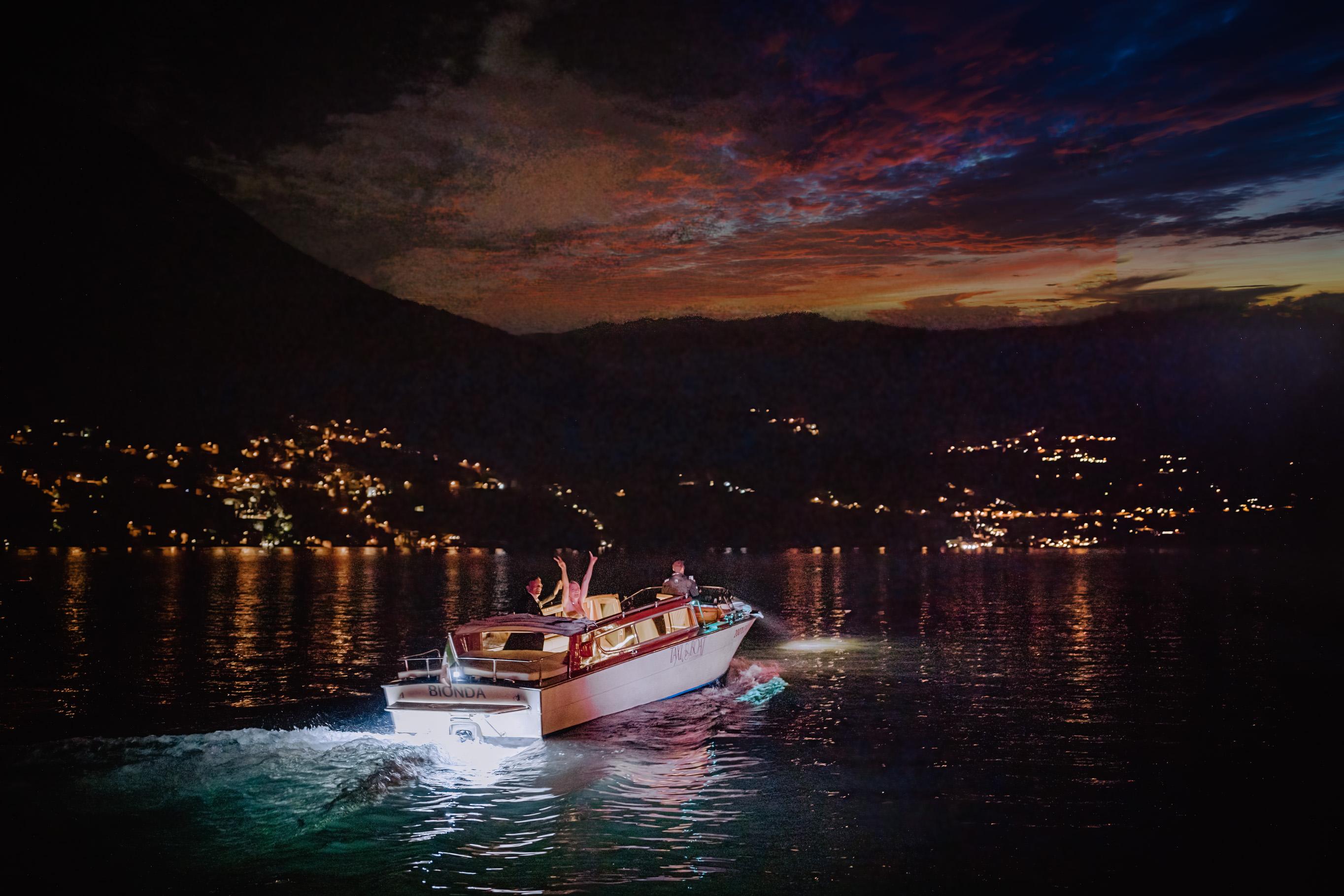 newlyweds leaving by boat villa regina teodolinda