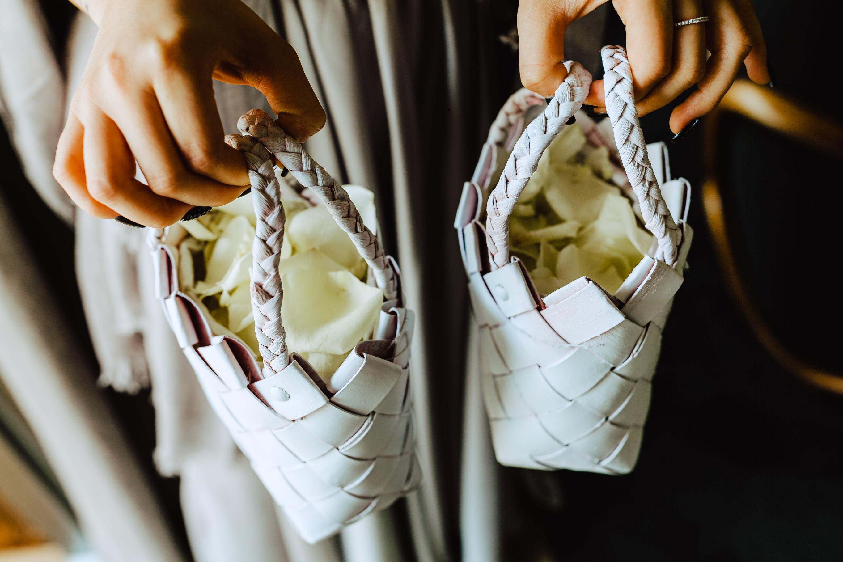petal basket wedding flavio bandiera