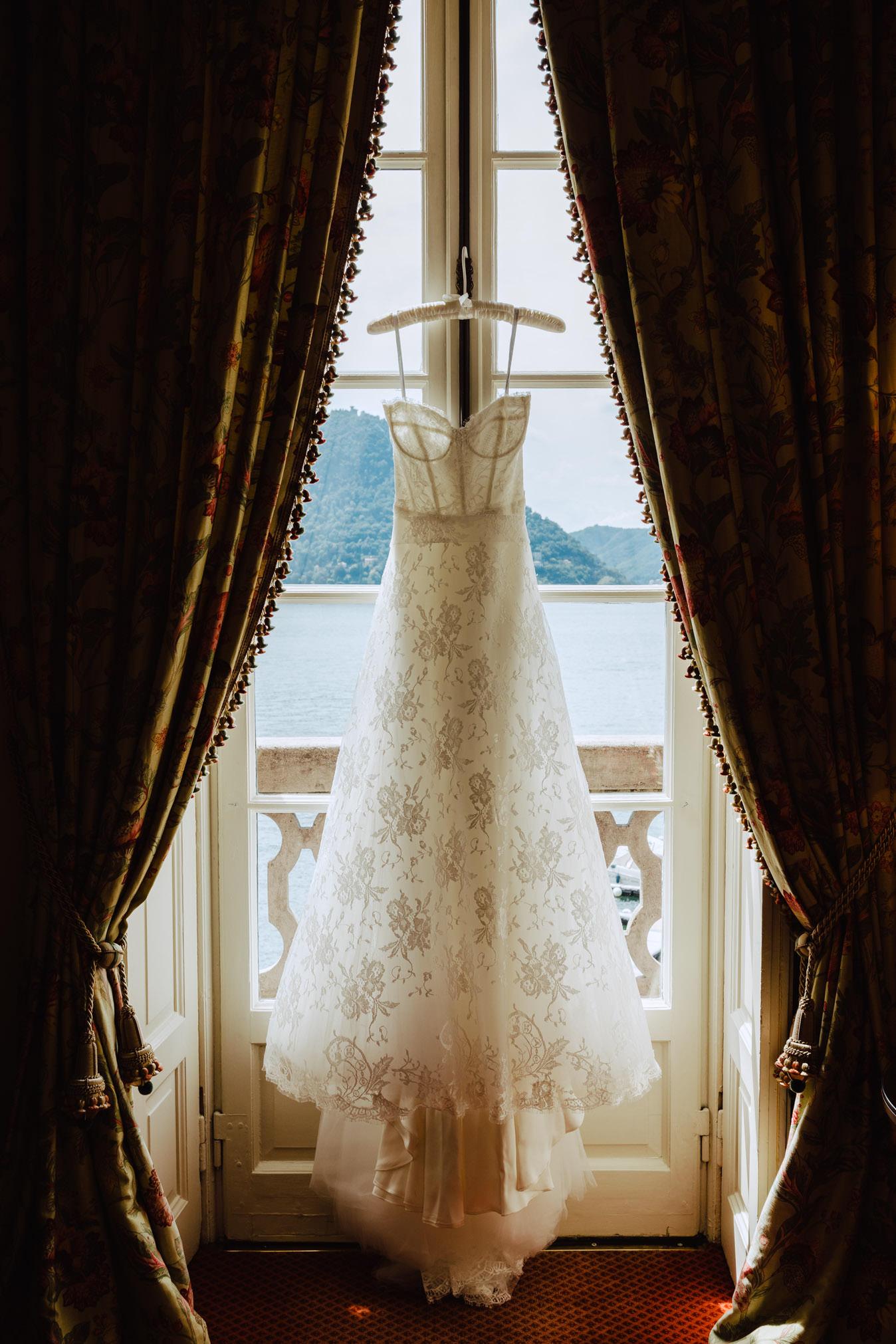 wedding dress villa d'este lake como