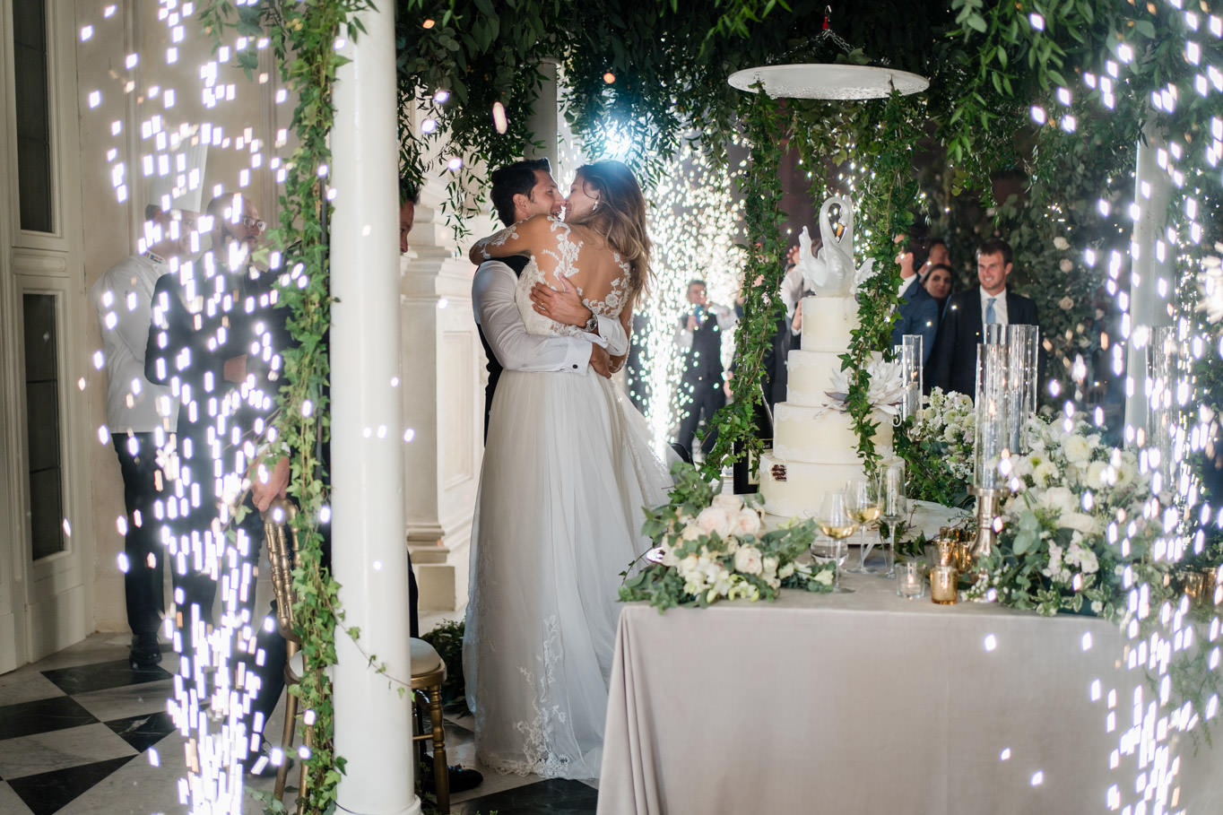 cristina chiabotto torta matrimonio