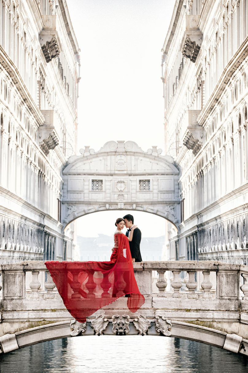 janice man pre-wedding bridge of sighs venice italy