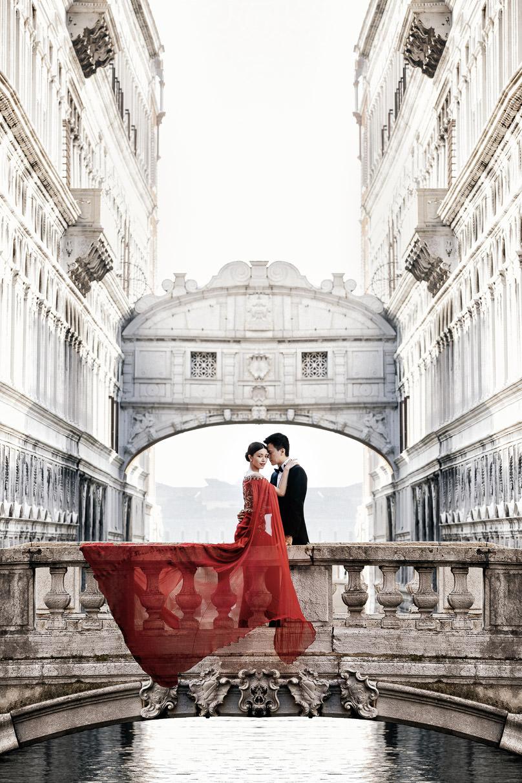 janice man pre-wedding bridge of sighs venice italy