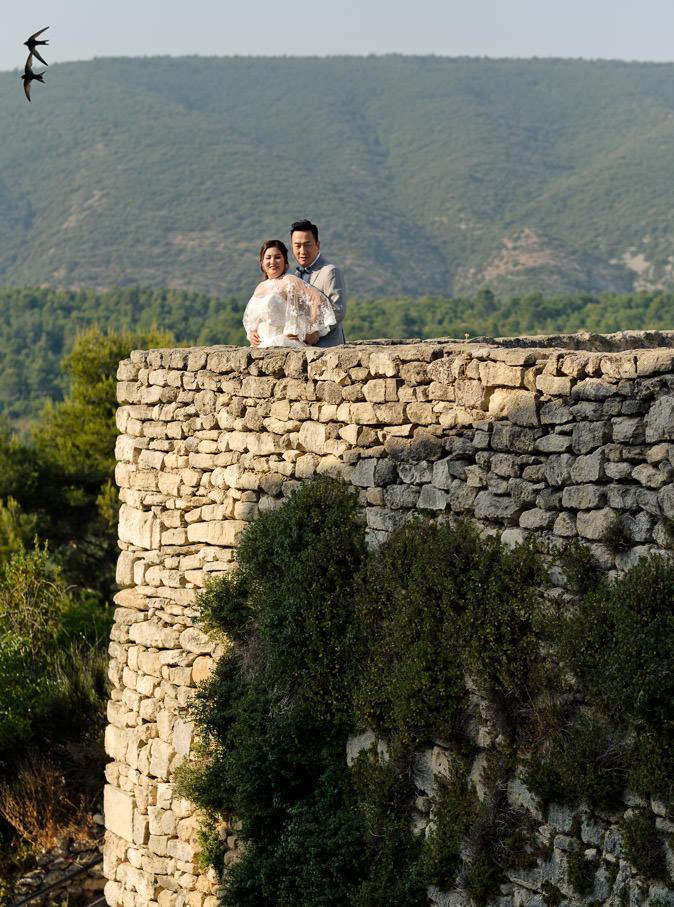chateau lacoste pre-wedding portrait couple