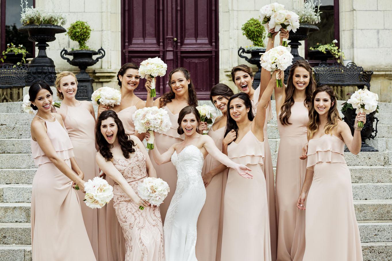 flavio bandiera bride with bridesmaids